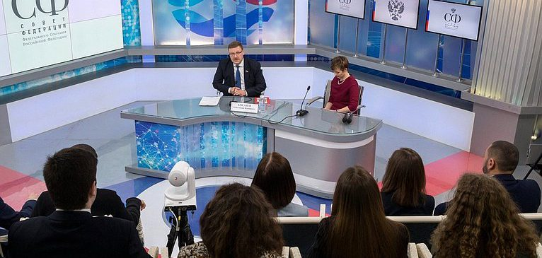 Встреча Курса общественного дипломата с Константином Косачёвым