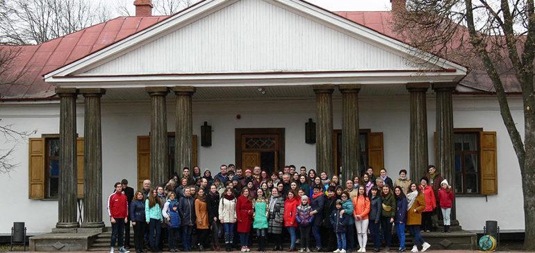 На Украине отмечают 210-летие со дня рождения Гоголя